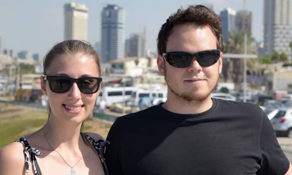 רחל ושרון שטיינר (32) מרחובות: